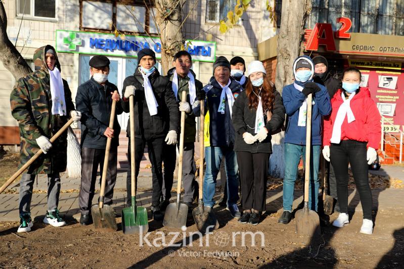 Партия «Ауыл» провела акцию по посадке деревьев в столице