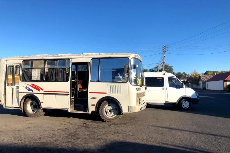 Проездные карты введут в новых автобусах Уральска