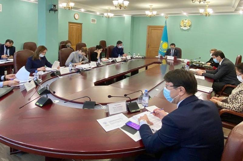 Поручения Президента и подготовку ко второй волне COVID-19 обсудили в Минздраве
