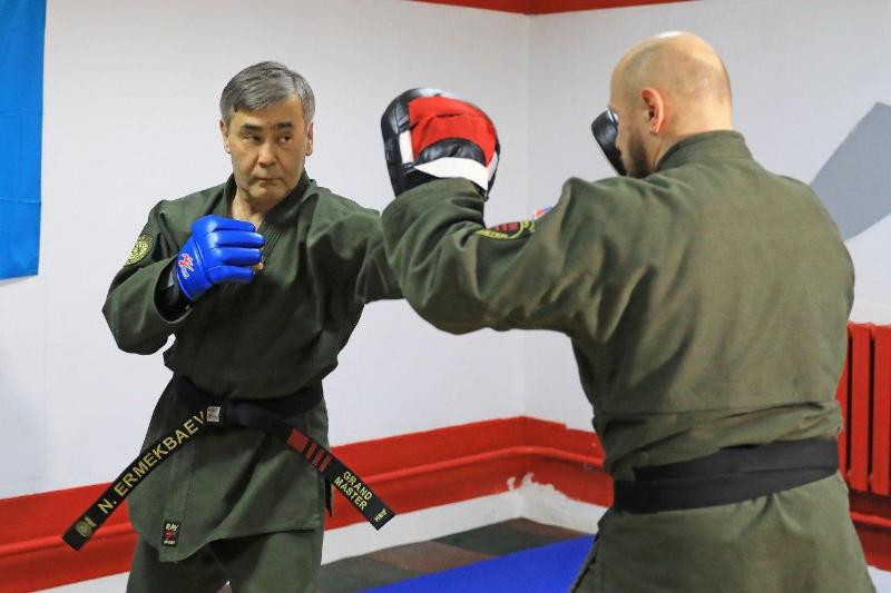 Казахстанские военные оттачивают мастерство армейского рукопашного боя