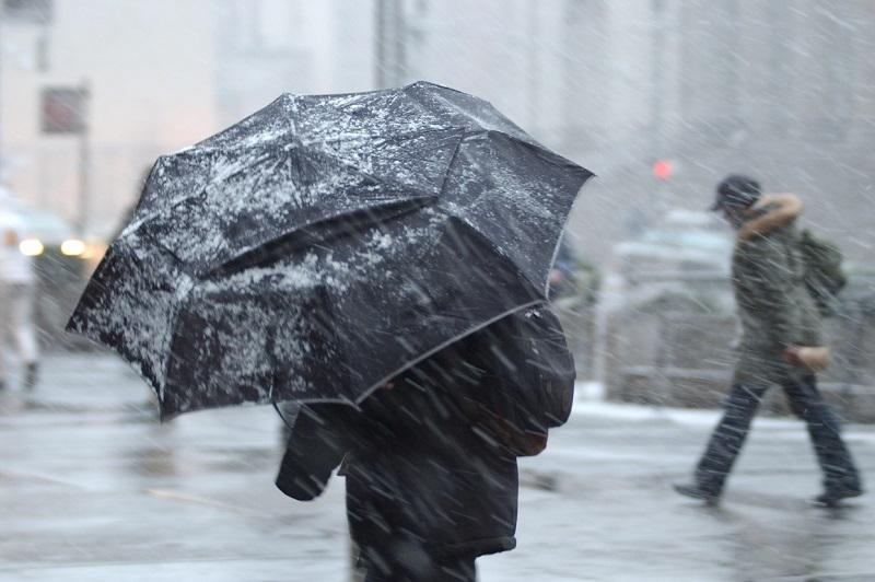 В девяти областях Казахстана объявлено штормовое предупреждение