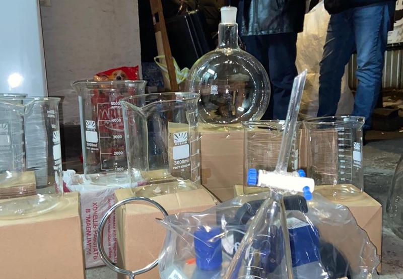 Нарколабораторию пытались организовать подростки в Караганде