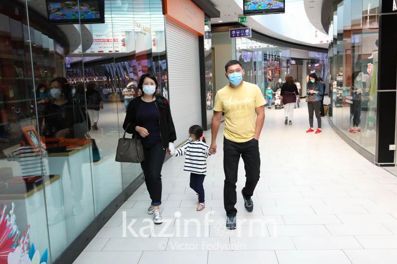 Торгово-развлекательным центрам разрешили работать в субботу в Алматы