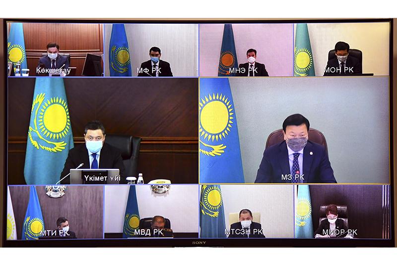 政府总理主持召开新冠疫情防控跨部门联合委员会在线会议