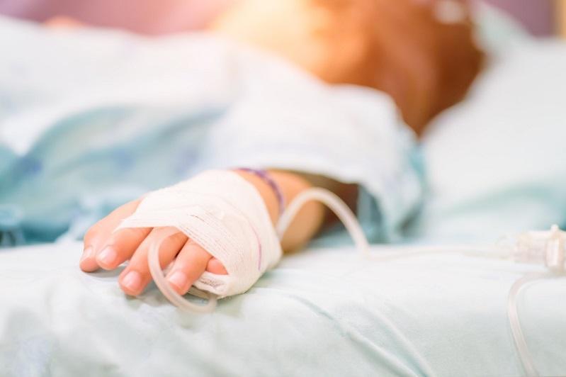 Выбежал и попал под колеса авто: медики в Алматы рассказали о состоянии ребенка