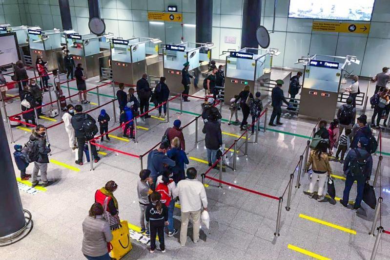 未携带PCR检测报告的乘客将被拒绝登机