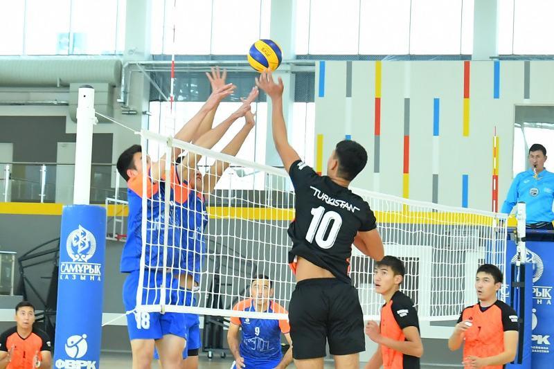 Первые соревнования прошли в новом Дворце спорта в Туркестане
