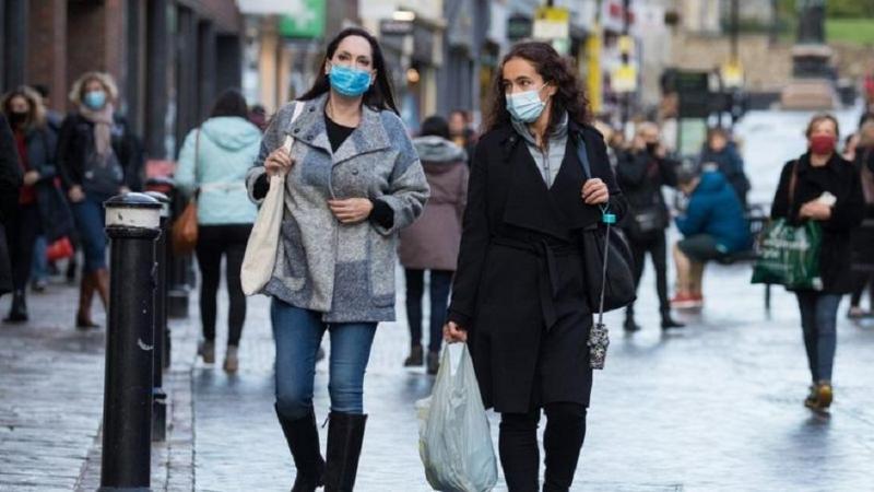 Чехия вводит комендантский час из-за распространения коронавируса