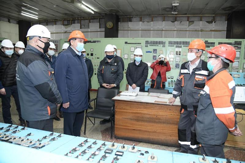 Нурлан Ногаев побывал в энергопроизводящих организациях Шымкента и Кентау