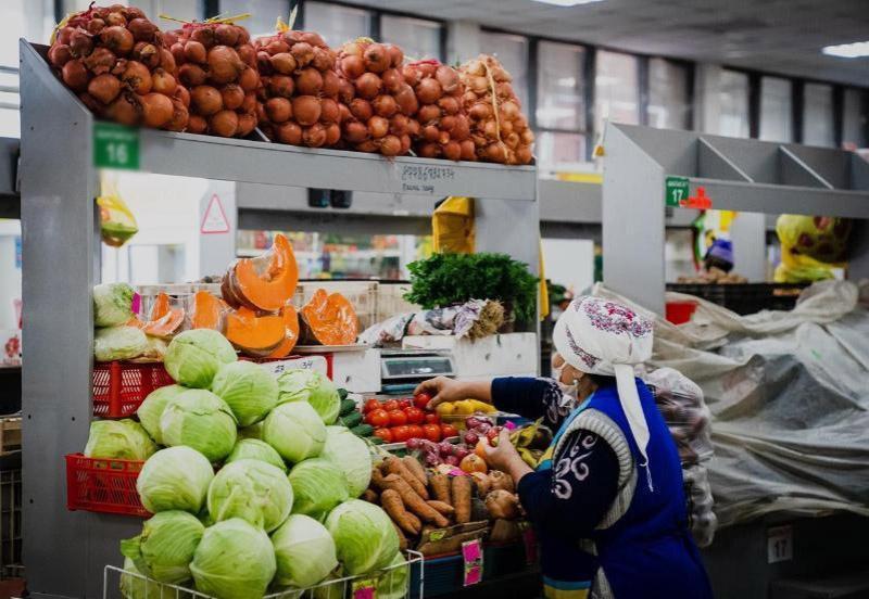 Крытым рынкам разрешили работатьв субботув Туркестанской области