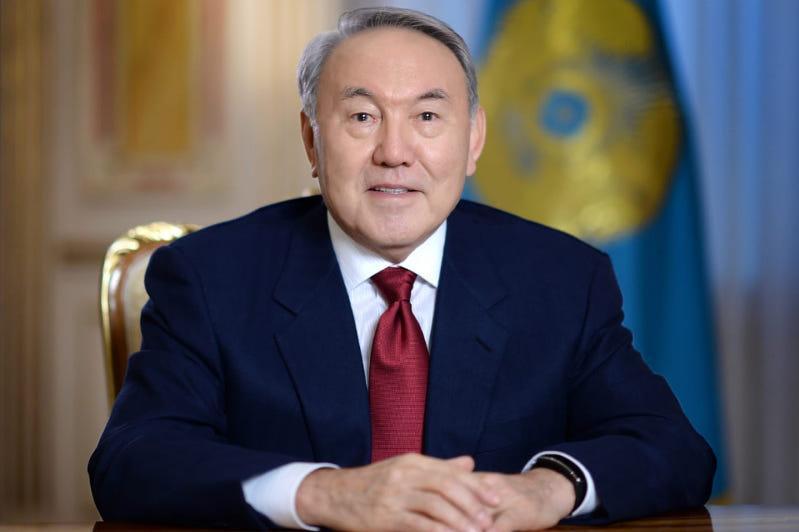 Нурсултан Назарбаев встретился с вице-премьером, министром по делам Президента ОАЭ