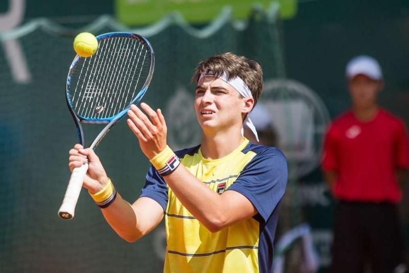 Теннисный турнир ATP в Нур-Султане: из борьбы выбыл Тимофей Скатов