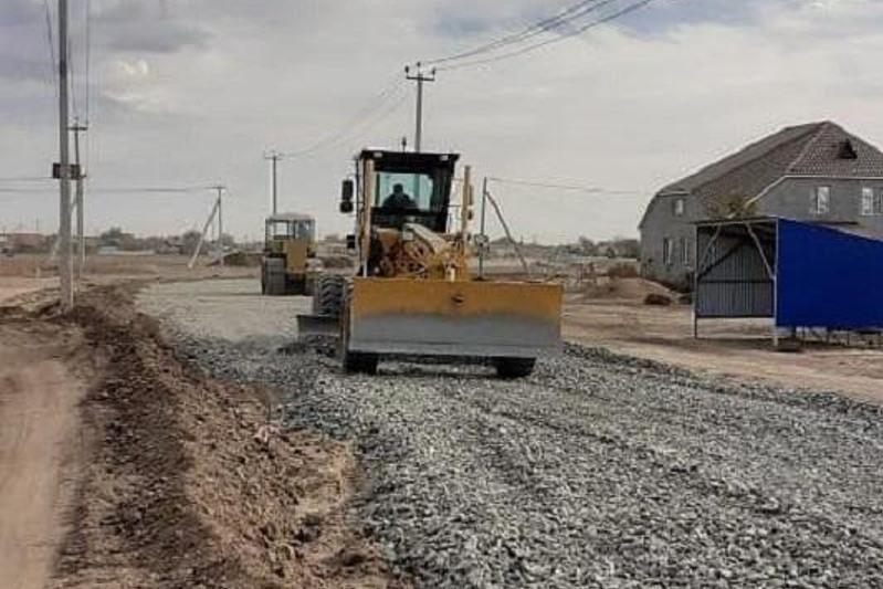 Новую дорогу прокладывают в отдаленном микрорайоне Уральска