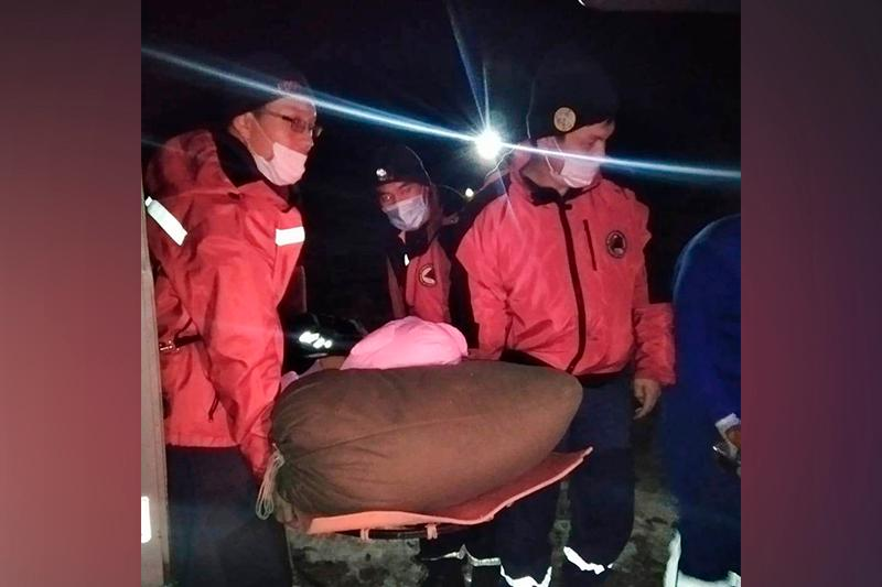 Алматы тауында жарақаттанған қыз құтқарылды