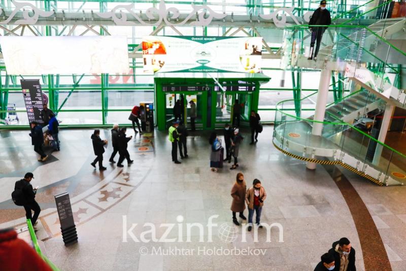 Двух жителей Алматы наказали за пьяный дебош в столичном аэропорту