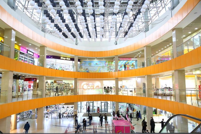 Крупные торговые центры в Нур-Султане проверяют на соблюдение санитарных норм