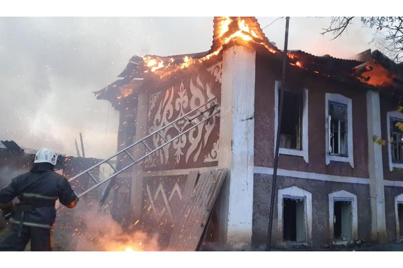 63-летний мужчина погиб при пожаре в частном доме в Алматинской области