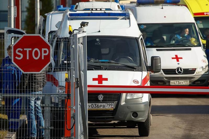Максимум за всю пандемию: в России выявили 17 717 случаев заражения коронавирусом за сутки