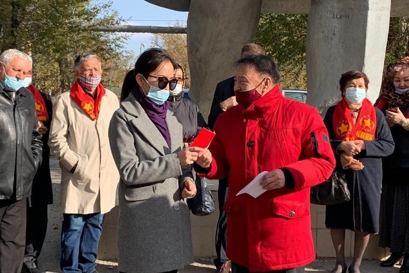 В Атырау члены областного комитета КНПК отметили День комсомола