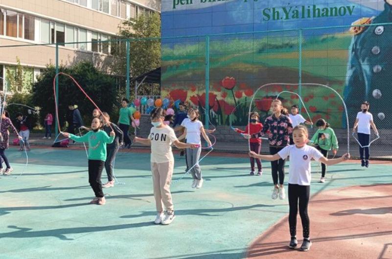 Спортивная скакалка покоряет Алматы