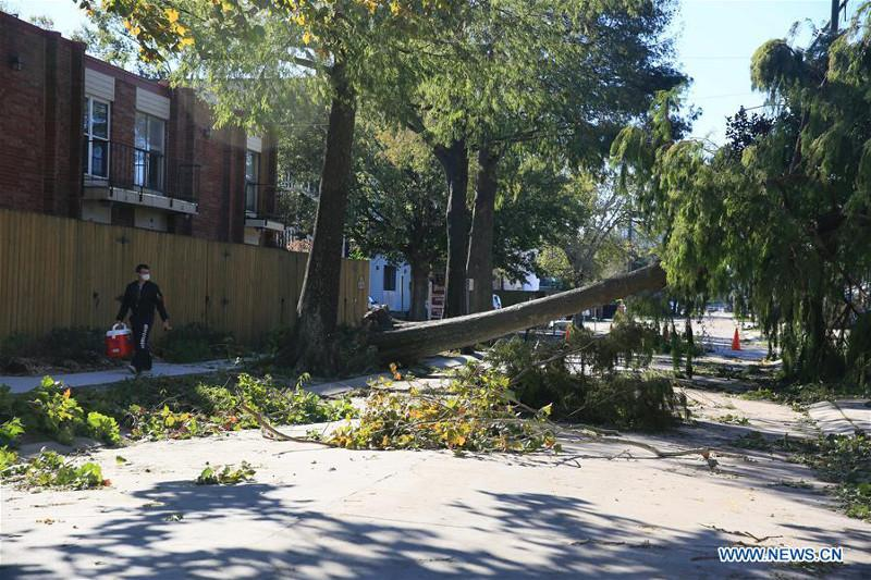 Hurricane Zeta leaves half mln without power in U.S. Louisiana