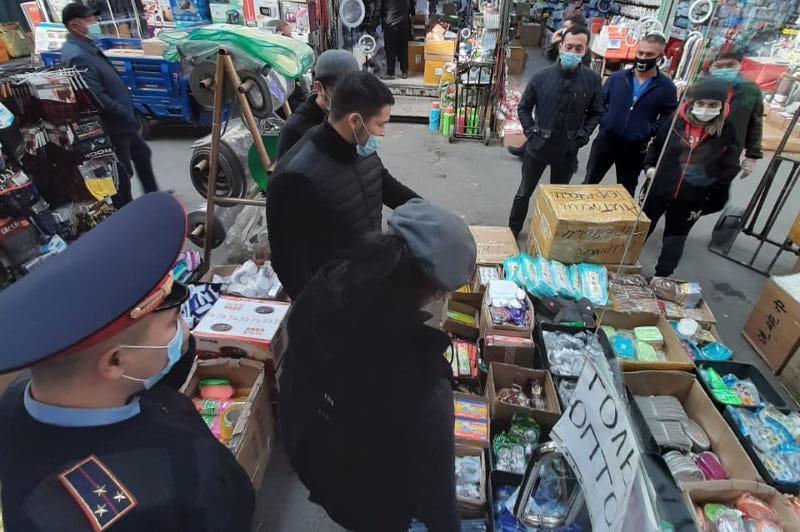 Два торговых объекта оштрафованы за нарушение карантинных мер в Алматы