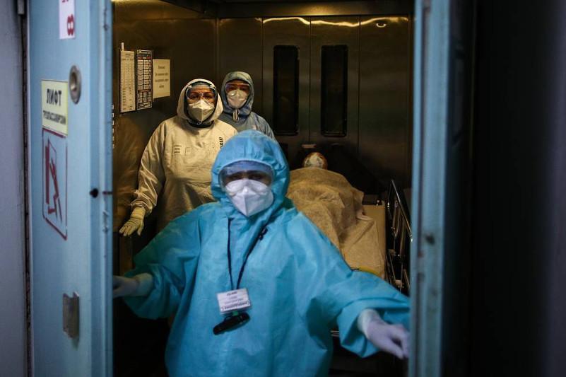 В России выявили рекордные 18 283 случая заражения коронавирусом за сутки