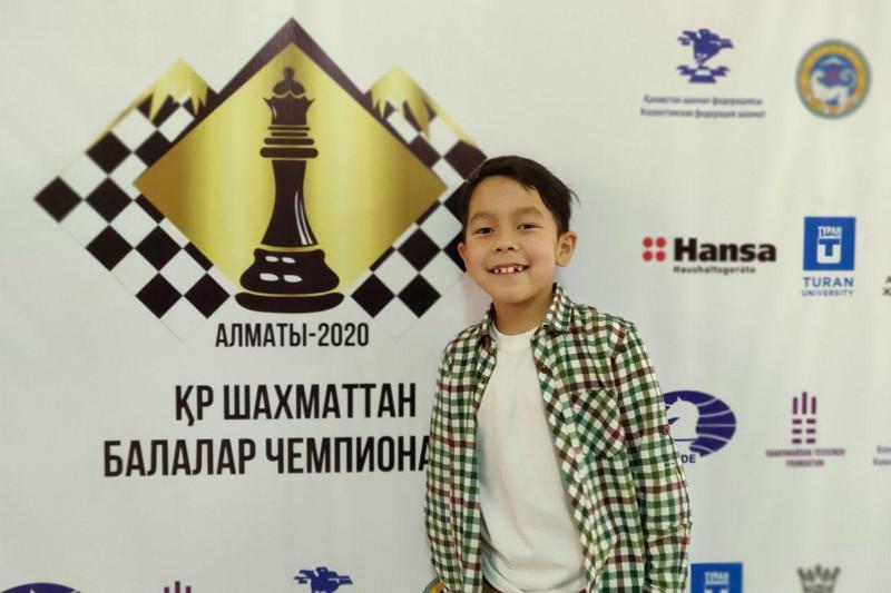 Цель - звание гроссмейстера: 8-летний шахматист из Алматы стал кандидатом в мастера спорта