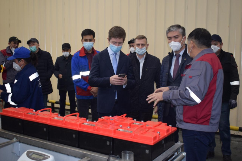 В Казахстане запустили новую технологию по производству аккумуляторных батарей