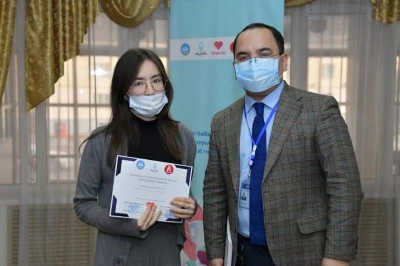 90 волонтеров-медиков подготовили на специальных курсах в столице