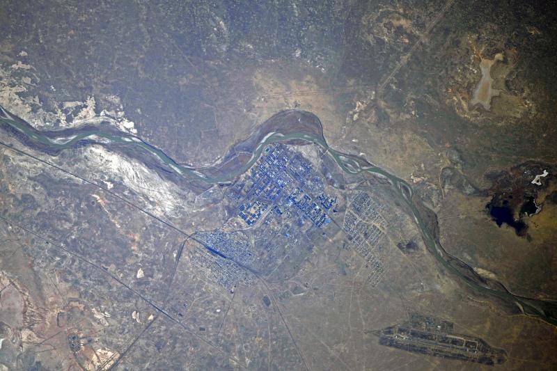 Космонавт Сергей Кудь-Сверчков прислал землякам фото Байконура из космоса