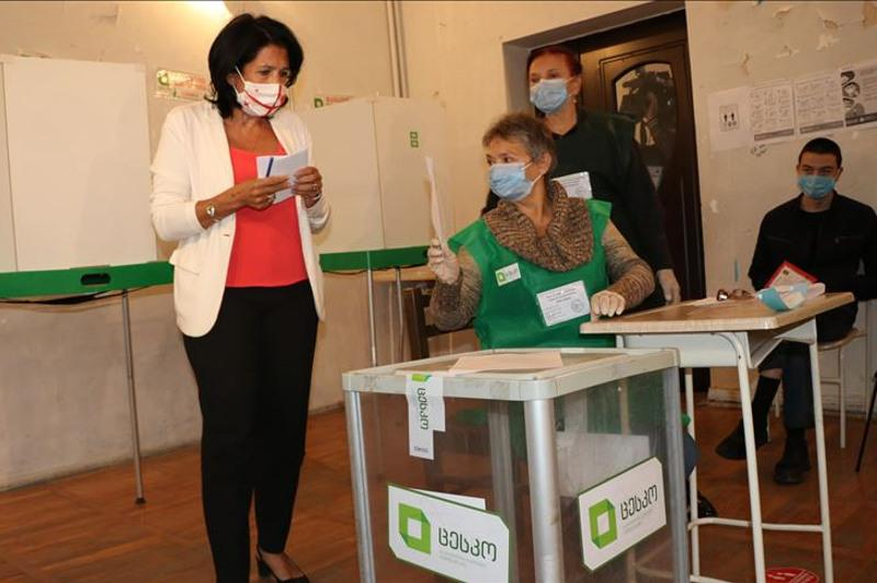 В Грузии началось голосование на парламентских выборах