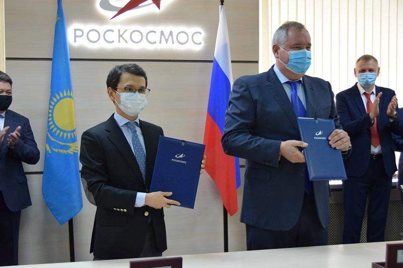 Багдат Мусин встретился с генеральным директором Роскосмоса в Москве