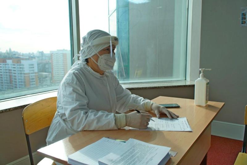 Nur-Sultanǵa Mınskiden kelgen eki áýe jolaýshysy PTR testileýden bas tartty