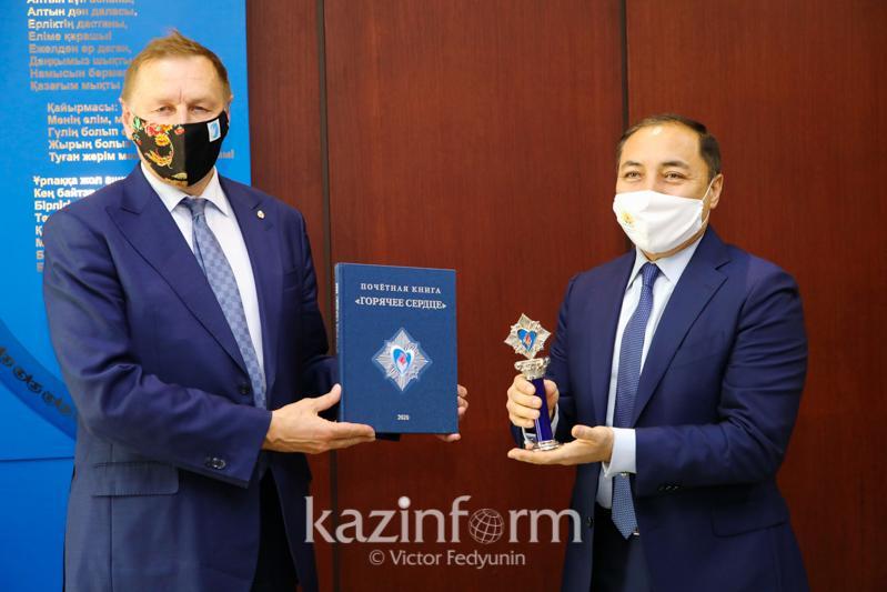 Казахстанские поисковики награждены российской премией «Горячее сердце»