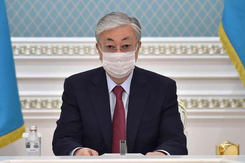 ҚР Президенті қазақ әліпбиін латын графикасына көшіру мәселесі бойынша кеңес өткізді