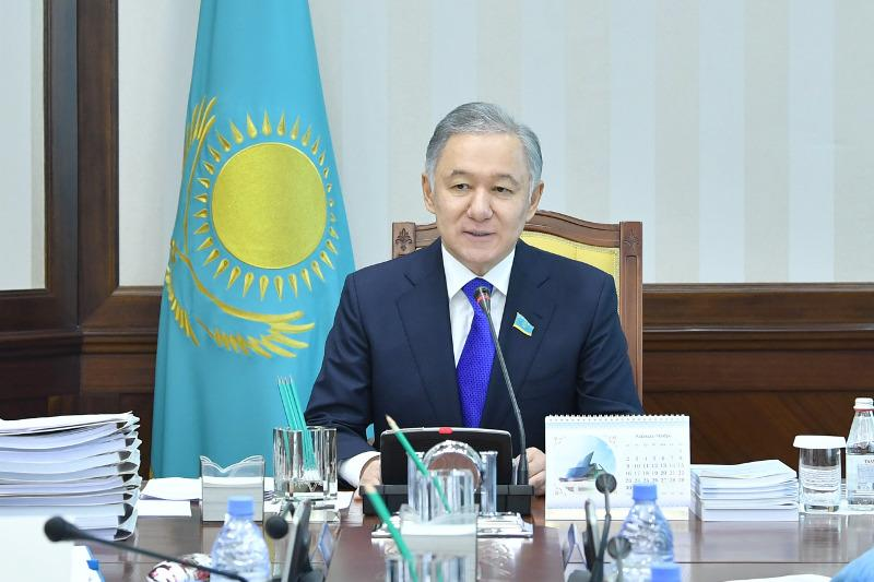 Мажилис рассмотрит пакет законопроектов по реализации Послания Президента РК