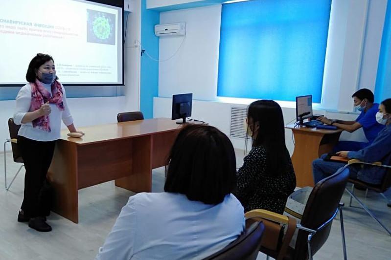 Более 4 тысяч медработников из разных регионов обучили профессора карагандинского вуза