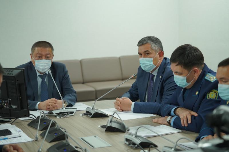 Количество жалоб и обращений граждан снизилось на четверть в Туркестанской области