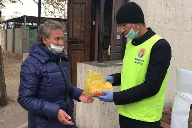 Пожилым и малообеспеченным помогает молодёжь Приозёрска