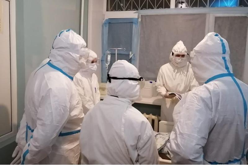 144 сотрудника и студента Медицинского университета г.Семей задействованы в борьбе с COVID-19