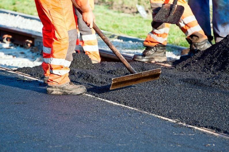 Почти 300 км дорог отремонтировали в этом году в ВКО