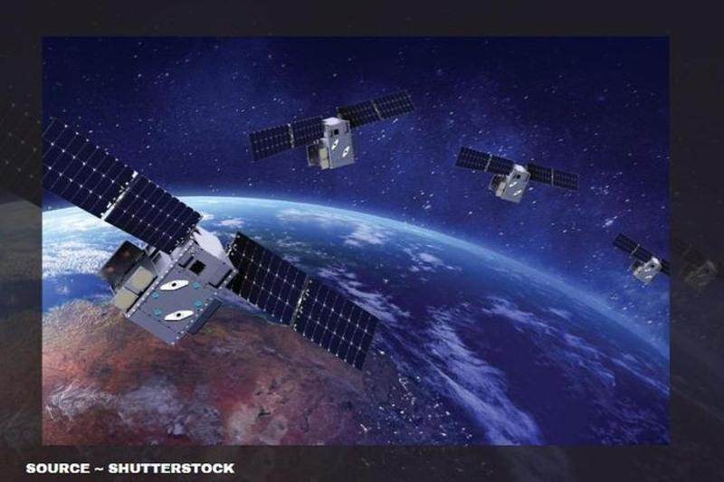 Запуск очередной партии спутников Starlink компании SpaceX покажут в прямом эфире