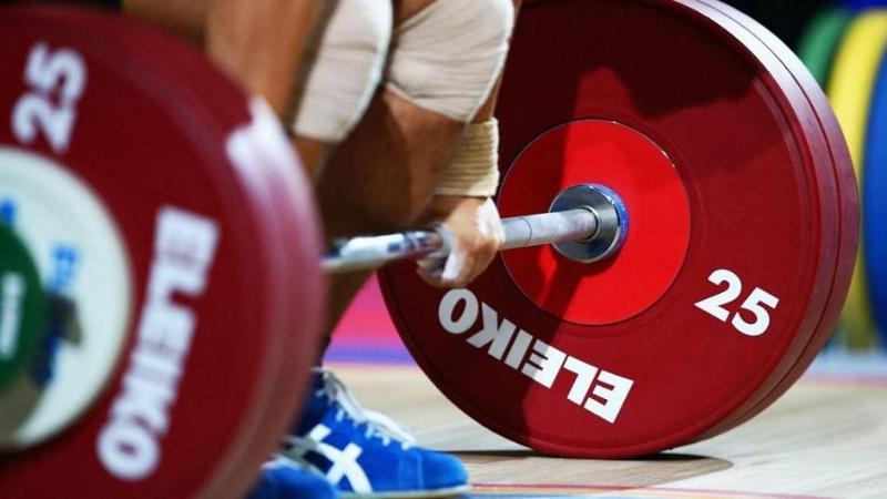 Чемпионат РК по тяжелой атлетике: результаты первого дня
