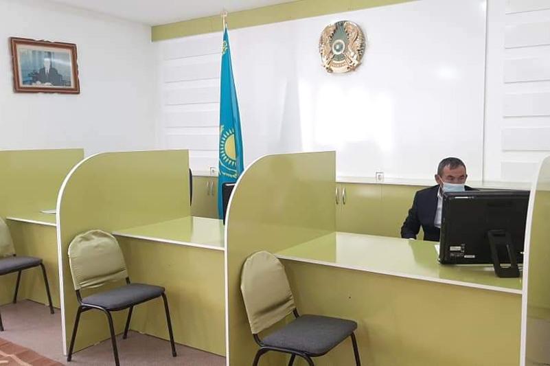 Сайрам ауданында ауыл әкімдігінің кеңсесі «Адалдық алаңына» айналды