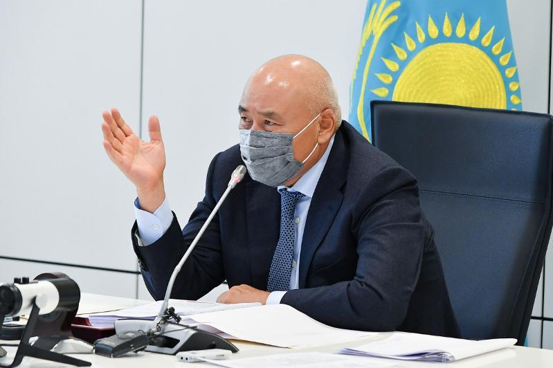 Торжества нужно останавливать - Умирзак Шукеев раскритиковал работу акимов