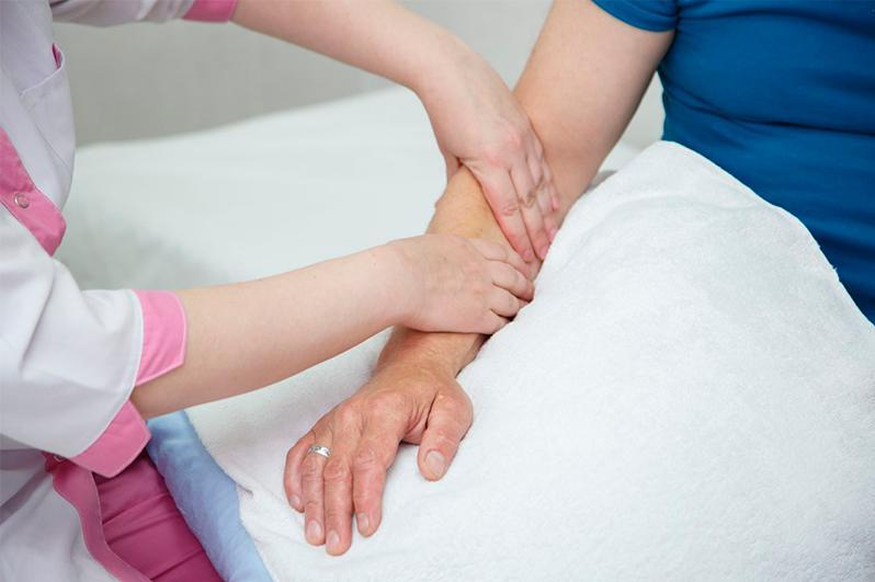 Бесплатную реабилитацию в санаториях получат жители ВКО, переболевшие пневмонией