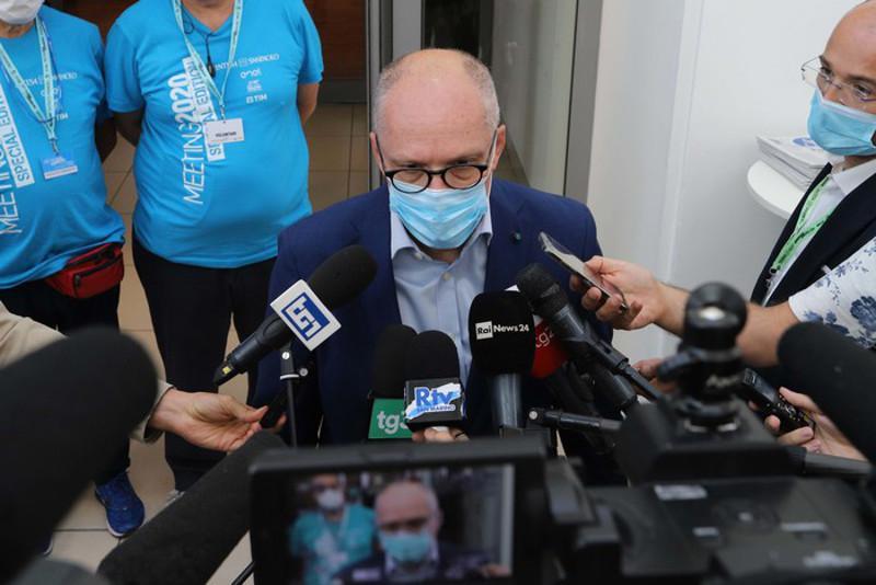 ANSA: 27,000 Italian doctors, nurses got COVID in one mth – Ricciardi