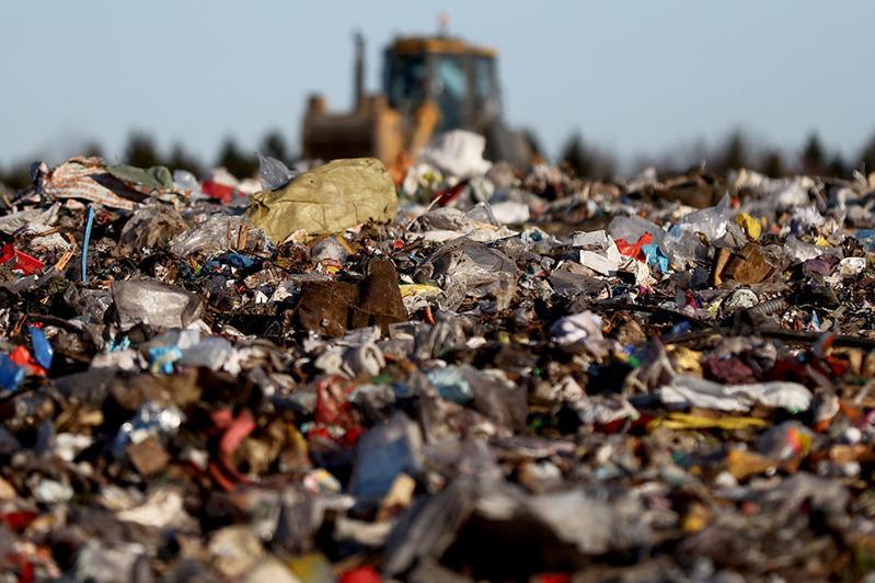 В Казахстане намерены построить 24 новых мусорных полигона