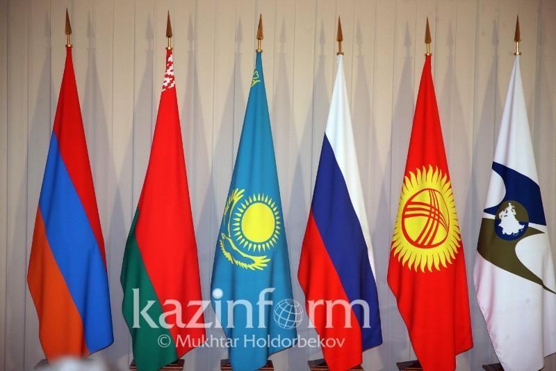 哈萨克斯坦与欧亚经济联盟之前的相互贸易额增长33%